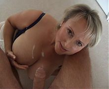 Sexy mom and dirty talk